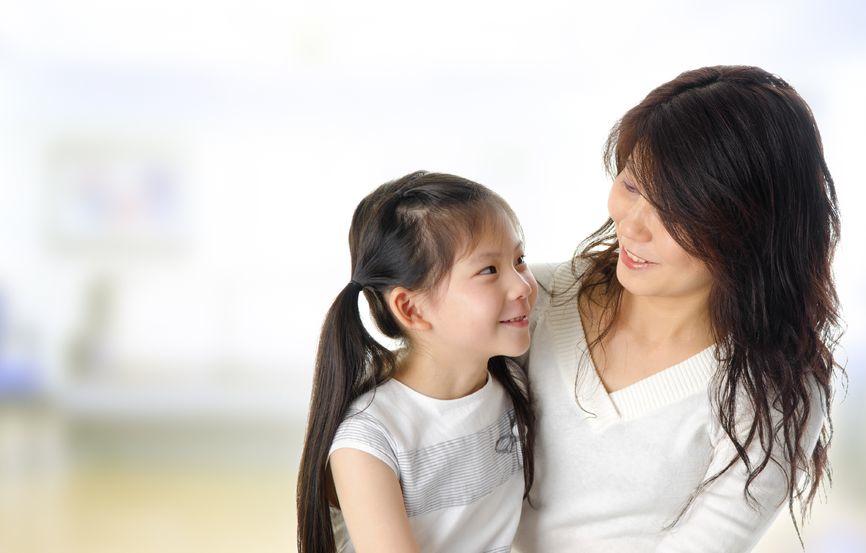 asian-mom-daughter