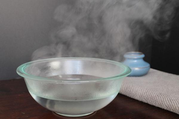 Bạn vệ sinh vùng kín bằng nước ấm khi nào? 1